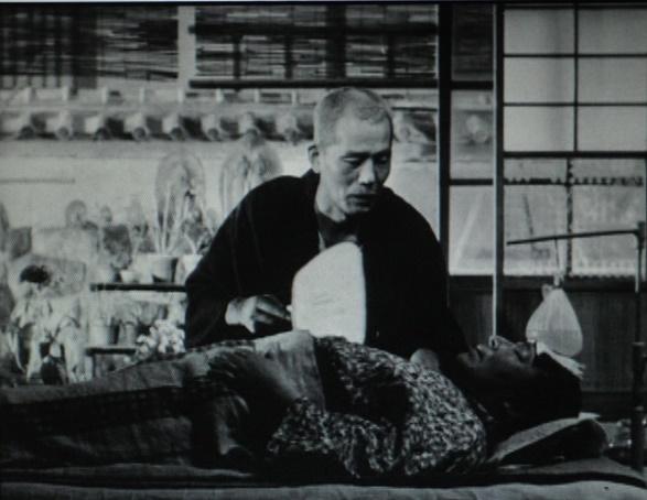 写真・図版 : 【写真8】 「大丈夫、直る、直る」と、団扇をあおぎながら妻を励ますものの、昏睡状態に陥ったまま翌朝死んでいく妻
