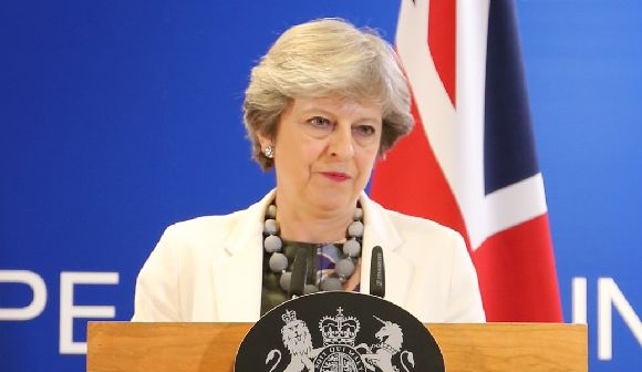 セクハラ疑惑に揺れる英政界