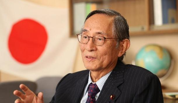 自民党の細田博之・憲法改正推進本部長=11月10日午後、東京・永田町