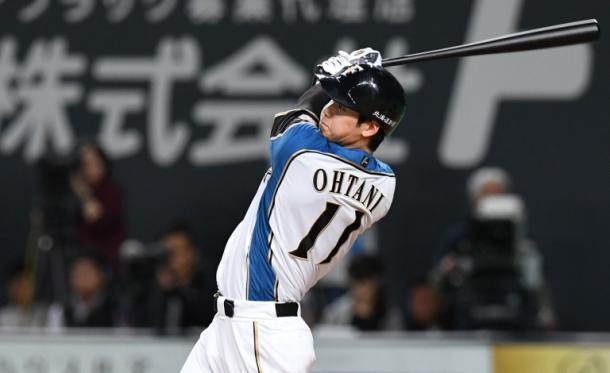 写真・図版 : 大谷翔平のような「二刀流」ができる選手ばかりであれば、DH制は必要なのだが……