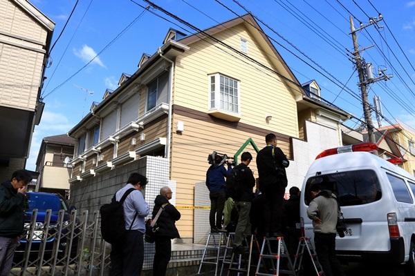 アパートの一室で9人の遺体が見つかった現場=2017年10月31日、神奈川県座間市緑ケ丘6丁目