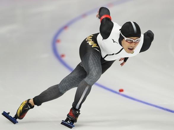 平昌五輪スピードスケート男子500メートルで6位となった加藤条治=2018年2月19日、江陵オーパル