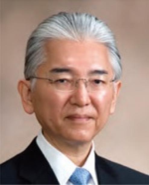 ナノ医療イノベーションセンターの片岡一則センター長兼研究統括(東京大学名誉教授)