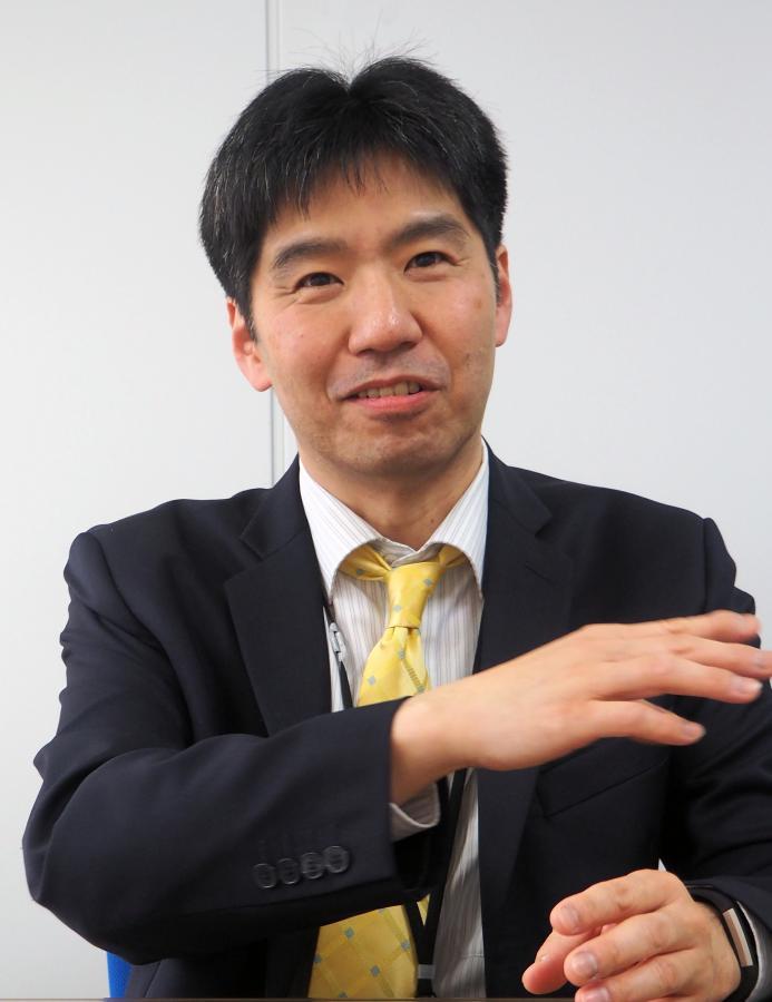 写真・図版 : 八山幸司・内閣参事官