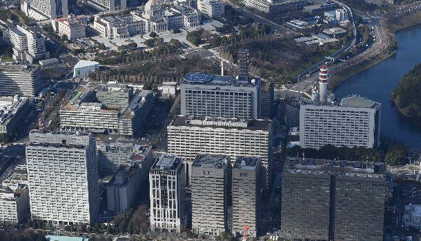 写真・図版 : 霞が関の官庁街。「政官関係」はどうあるべきか?