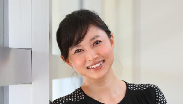 桜蔭の卒業生である女優の菊川怜さん=2016年、東京都港区