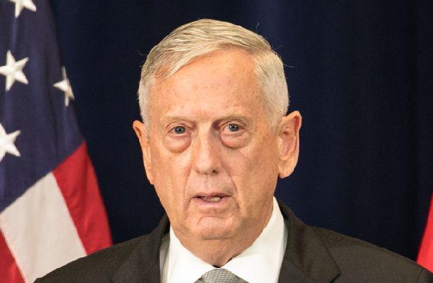 写真・図版 : マティス米国防長官