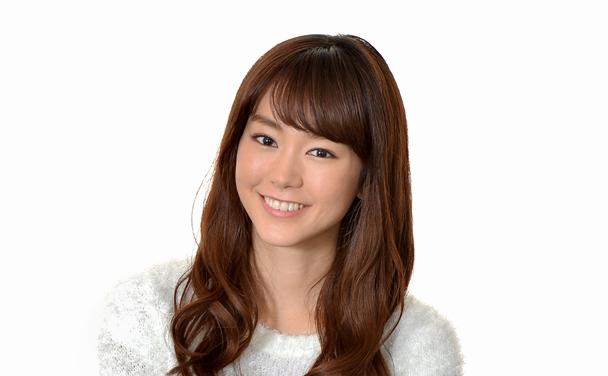 写真・図版 : 女優の桐谷美玲さん=2015年、東京都港区