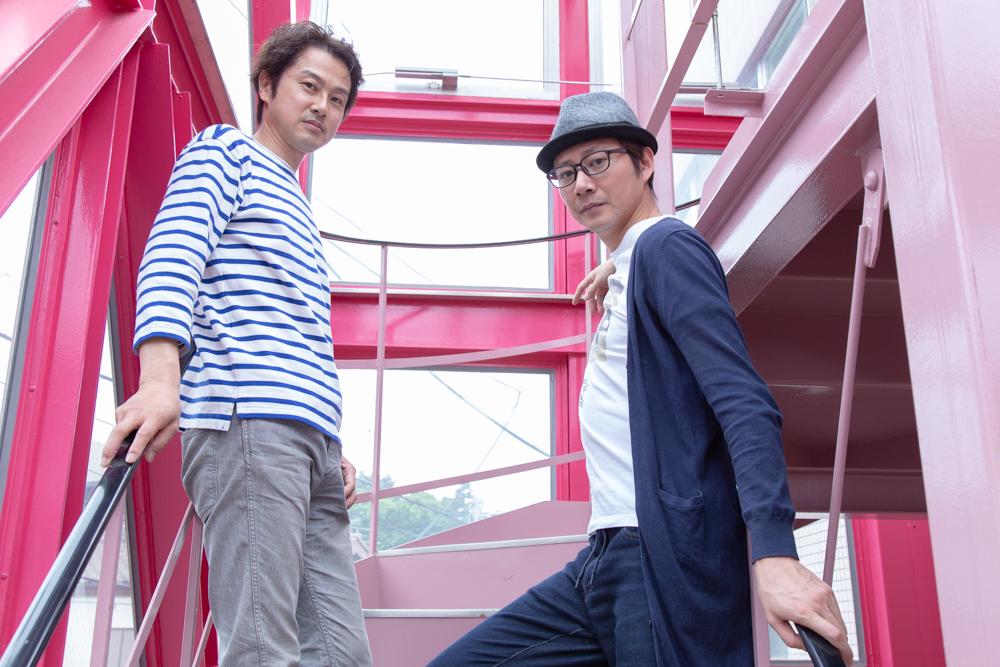 写真・図版 : 笠原浩夫(左)と岩﨑大=冨田実布撮影