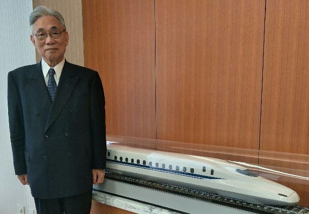 写真・図版 : 葛西敬之・JR東海名誉会長=2017年10月31日、東京品川のJR東海、吉岡桂子撮影