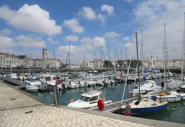 フランス西部の風光明媚な港町ラ・ロシェル