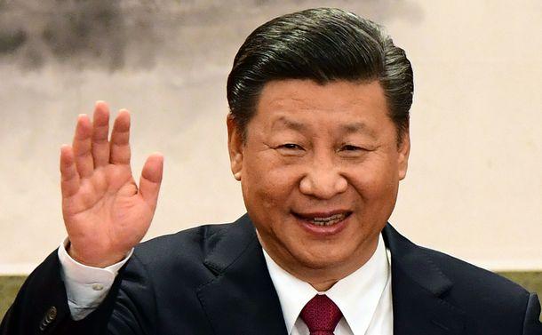 写真・図版 : 習近平国家主席=2017年10月25日、北京