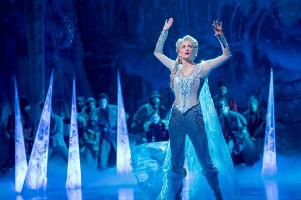 写真・図版 : 『アナと雪の女王』の舞台から (c)Deen van Meer