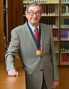 写真・図版 : ハリー・グレイ米国カリフォルニア工科大学教授=2013年、ウィキメディアコモンズ
