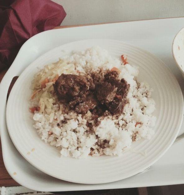写真・図版 : 病院の食事