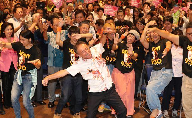 少数精鋭の若者たちが支えた沖縄知事選