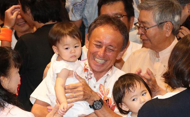 沖縄の若者は右傾化しているのか?