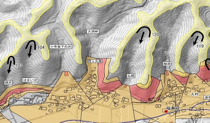 写真・図版 : 土石流の発生源を表示した防災マップ。筆者が主宰する「農山村を災害から守る会」が作ったものの拡大図。これを元に、辰野町が新しい防災マップを作った。