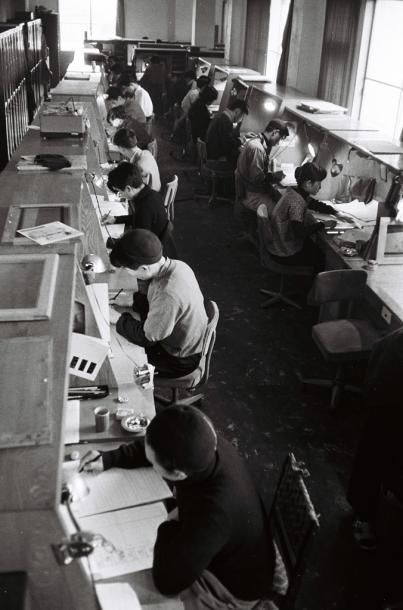 写真・図版 : 東映動画の原画係=1958年