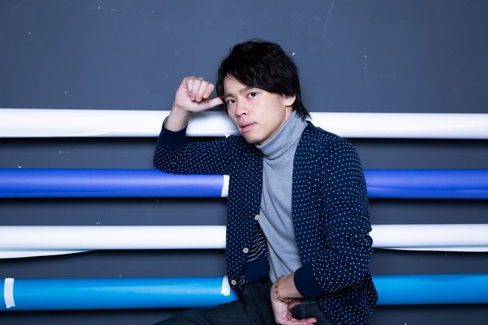 写真・図版 : 中川晃教=冨田実布撮影