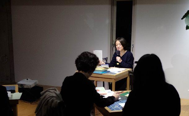 写真・図版 : 石井桃子のことや山のこと、自らの仕事のことを語る若菜晃子さん