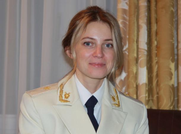 写真・図版 : 検事の正装姿=ポクロンスカヤさん提供