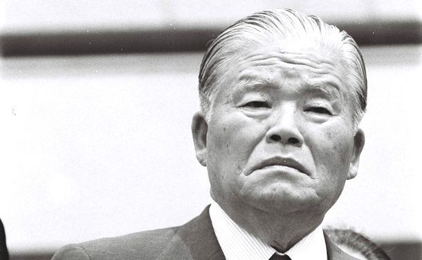 写真・図版 : 大平正芳元首相=1980年5月30日、東京・永田町