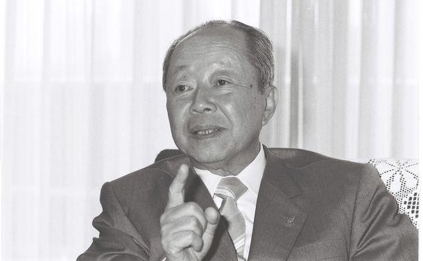 写真・図版 : 宮沢喜一元首相=1986年6月4日、東京・永田町