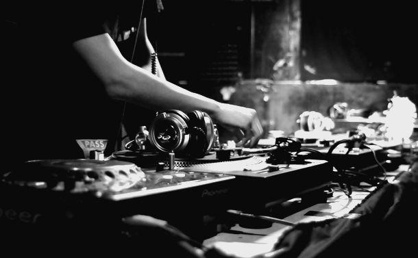 DJプレイを適法にする権利制限規定