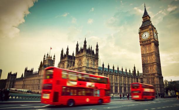 イギリスでは1980年代に統計改革が行われたが、その結果、統計の信頼性が著しく低下した(PHOTOCREO Michal Bednarek/Shutterstock.com)