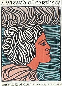 写真・図版 : 『ゲド戦記:影との戦い』表紙カバーに描かれたゲド https://en.wikipedia.org/wiki/File:AWizardOfEarthsea(1stEd).jpg