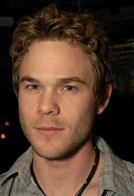 写真・図版 : TV映画版でゲドを演じたショーン・アシュモアhttps://commons.wikimedia.org/wiki/File:Shawn_Ashmore_Out_on_the_Town_as_Photographed_by_Jason_Michael.jpg