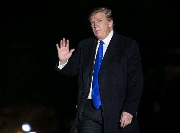 ハノイでの米朝会談を終え、ホワイトハウスに到着するトランプ米大統領=2019年2月28日