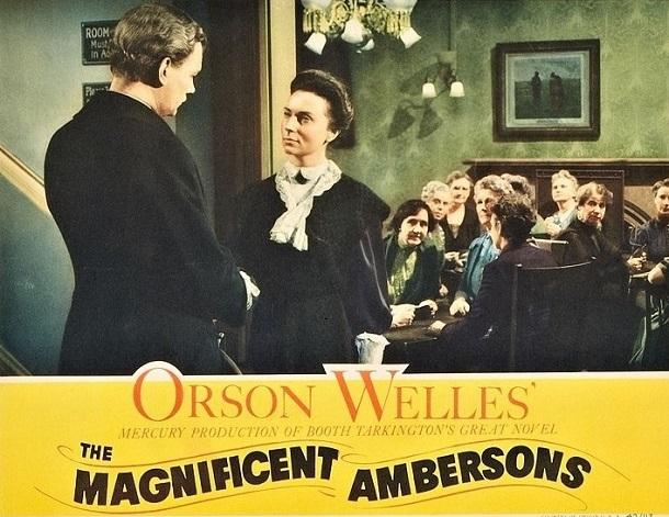 写真・図版 : 『偉大なるアンバーソン家の人々』https://commons.wikimedia.org/wiki/File:Ambersons-lobby-card-6.jpg