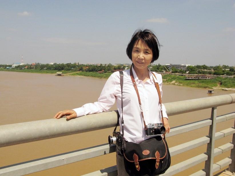 写真・図版 : 大石芳野 ラオスとタイの国境で