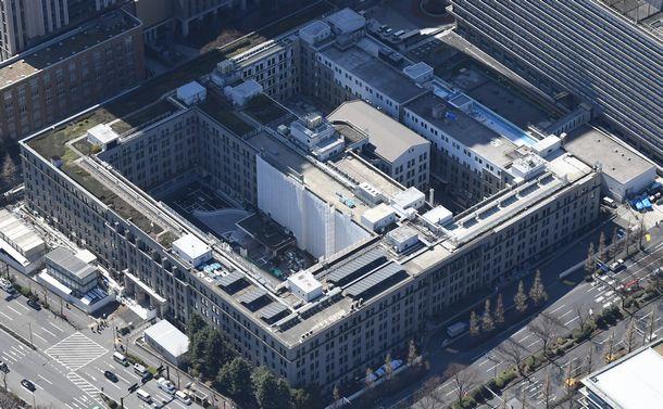写真・図版 : 財務省庁舎=東京都千代田区