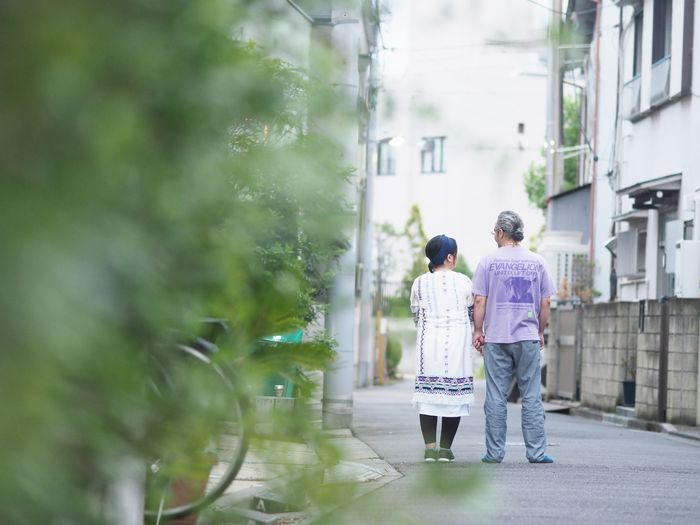 写真・図版 : お二人の、そしてお子さんとのこれからが、穏やかな日々であることを願って――
