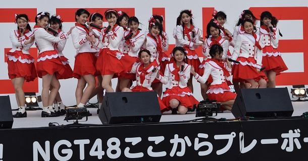 写真・図版 : NGT48が拠点にする新潟では、地元メーカーのCM打ち切りやトークショーの中止など、「NGT離れ」が進んでいるという