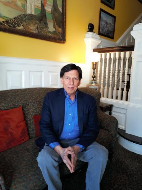 写真・図版 : アメリカン大学歴史学部教授のピーター・カズニック=ワシントン