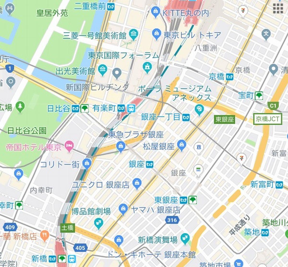 写真・図版 : 群衆は日比谷公園から皇居外苑、京橋、新富座、銀座へと向かった(Google Mapより)