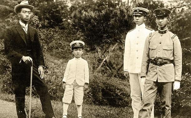 昭和天皇と母との不仲、弟たちとの対立関係