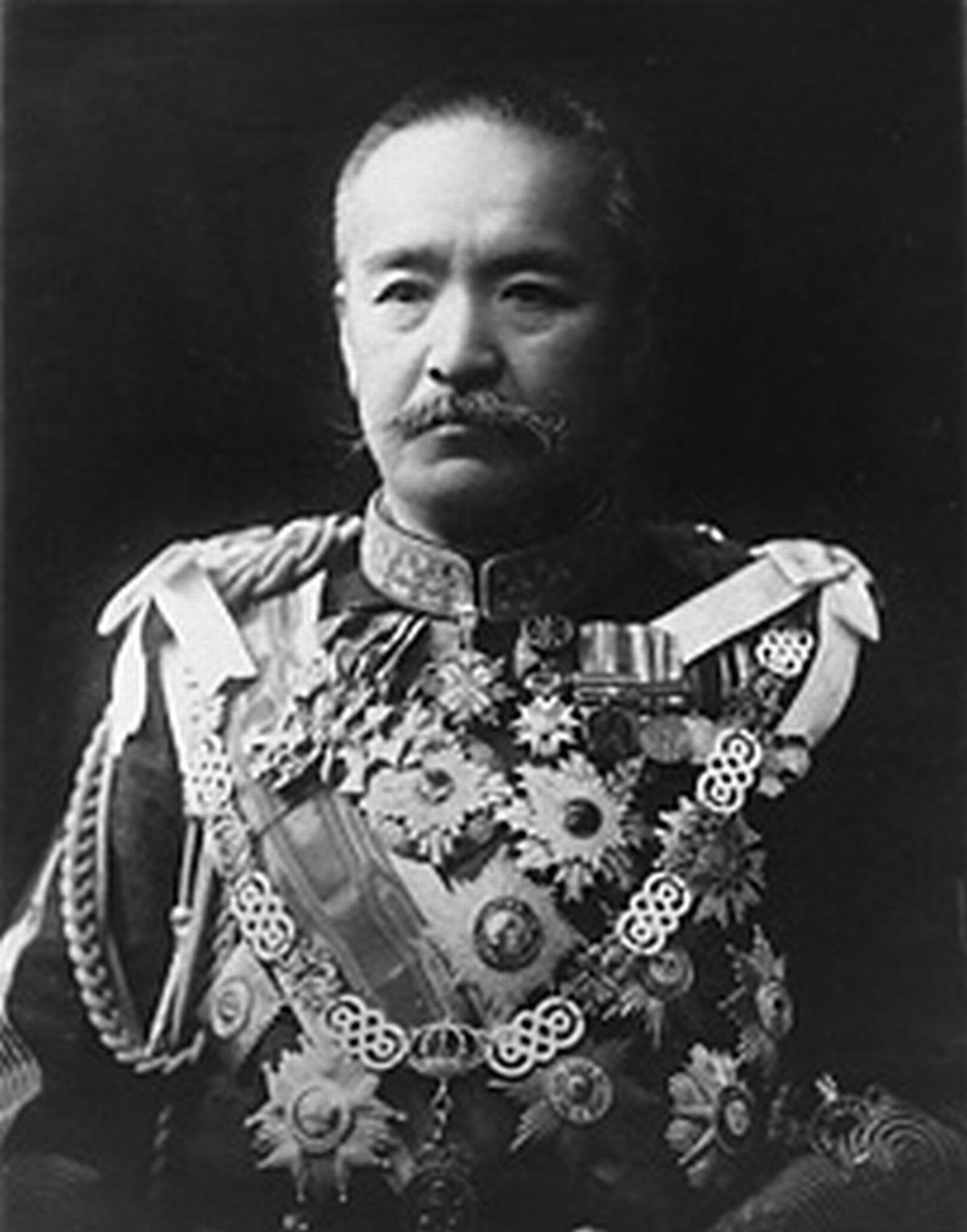 写真・図版 : 陸軍大将、首相を務めた桂太郎=国立国会図書館所蔵