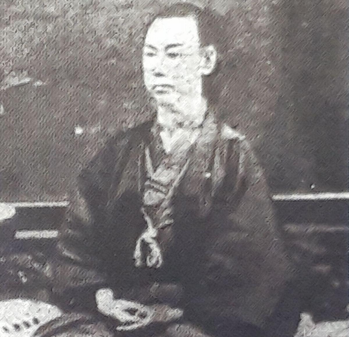 写真・図版 : 脱島後に浜田から戻り、隠岐騒動を率いた一人で上西村庄屋の横地官三郎=「ふるさと隠岐」より