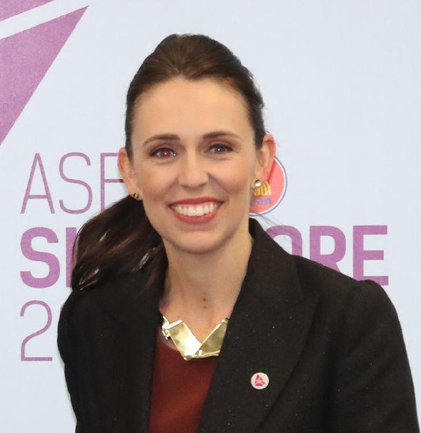 写真・図版 : ニュージーランドのアーダーン首相=2018年11月15日