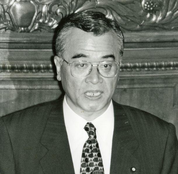 新進党の神崎武法総務会長=1997年1月23日