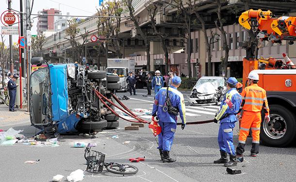 写真・図版 : 東京・池袋の事故現場=2019年4月19日、西岡臣撮影
