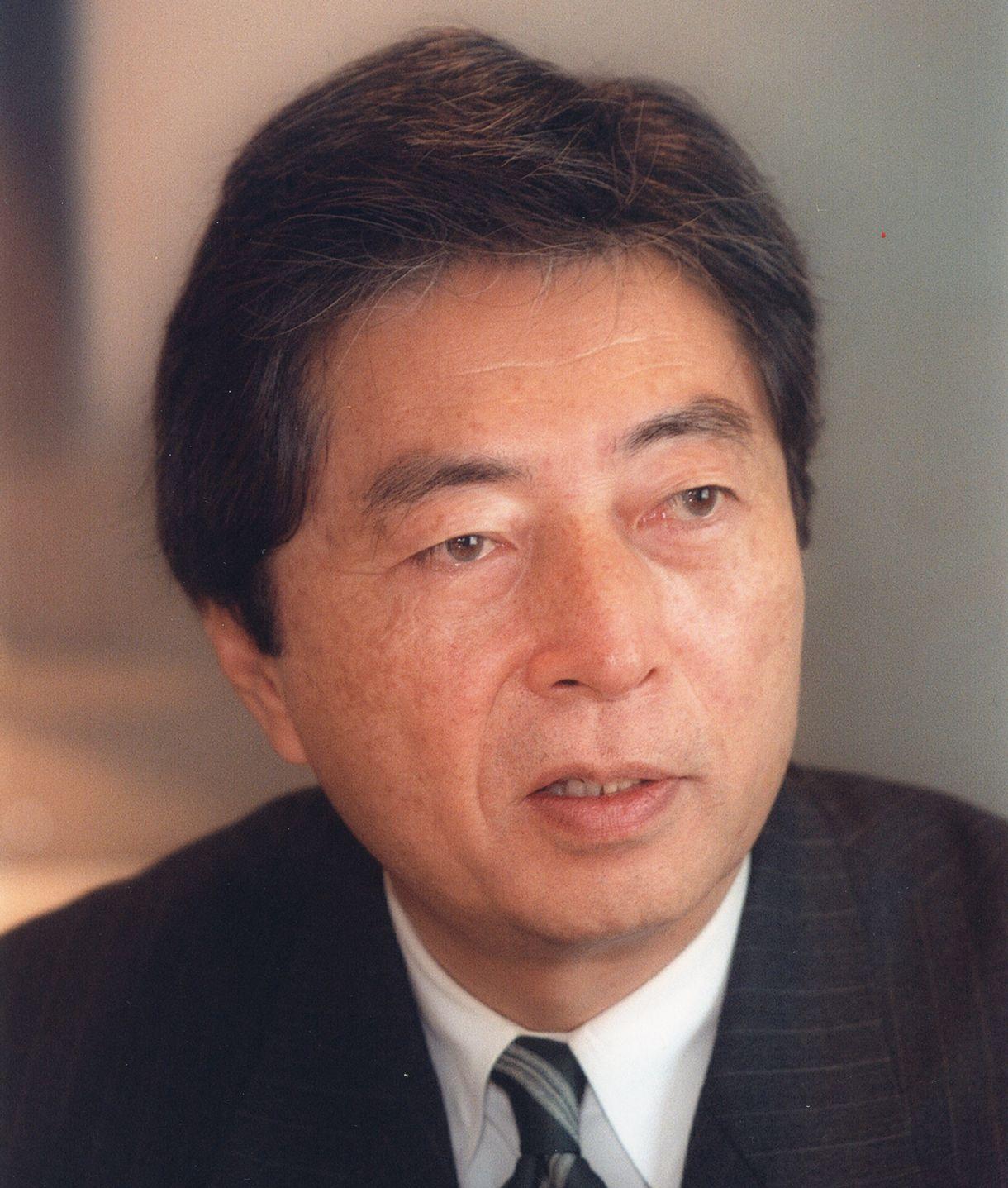 写真・図版 : 細川護熙さん=1998年3月19日