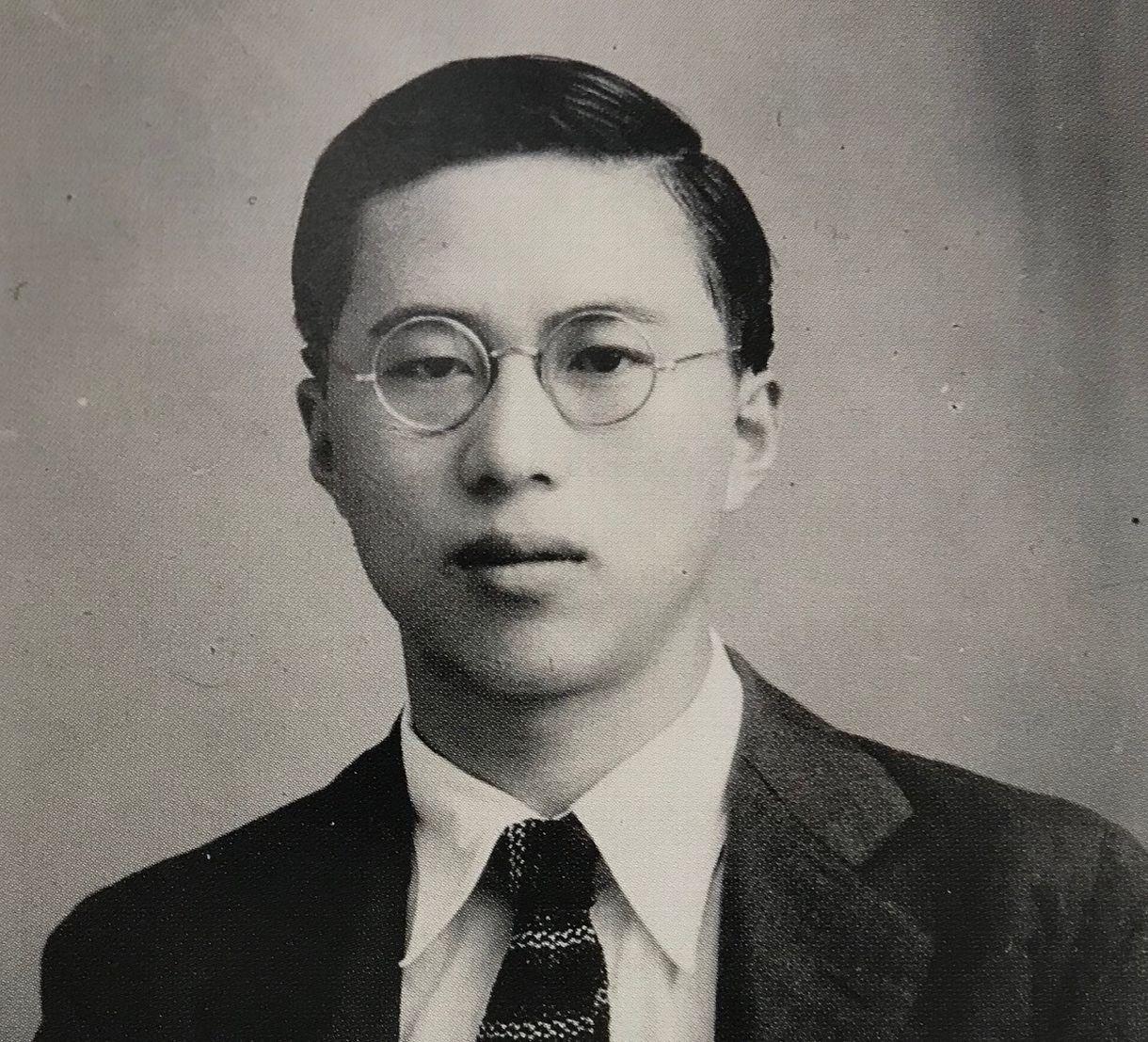 写真・図版 : 東大生でGHQの通訳を務めていた頃の藤田田
