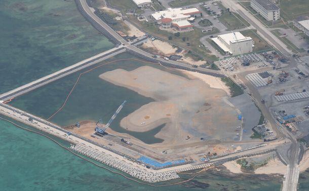 深まる辺野古新基地の「闇」、沖縄の今を見る
