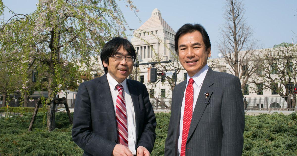 写真・図版 : 榛沢和彦さん(左)と阿久津幸彦
